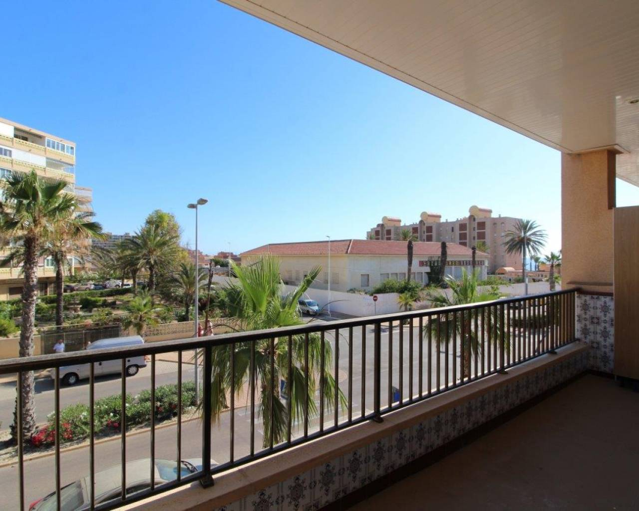 Resale - Apartment/Flat - La Mata - Center